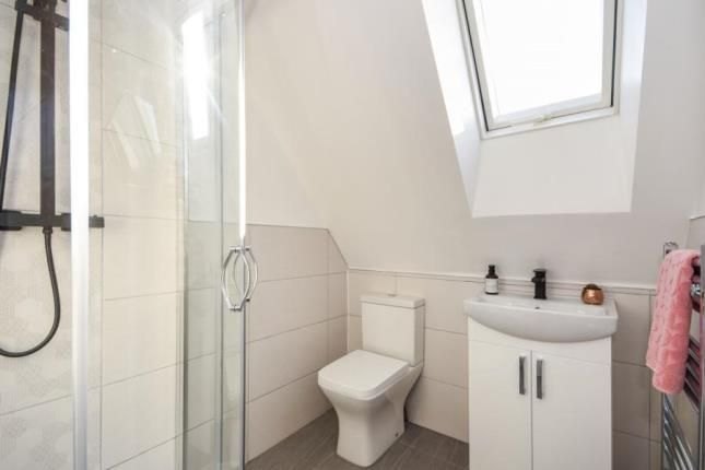 En-Suite of High Street, Great Wakering, Southend-On-Sea SS3
