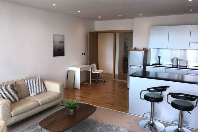 Thumbnail Flat to rent in Close, Newcastle Upon Tyne