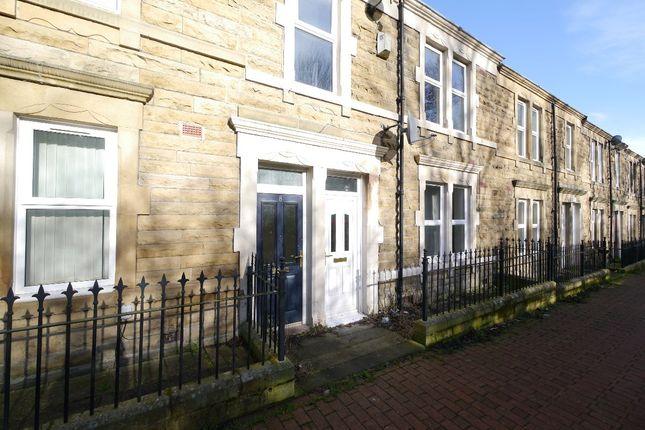 Thumbnail Flat to rent in Tulip Street, Gateshead