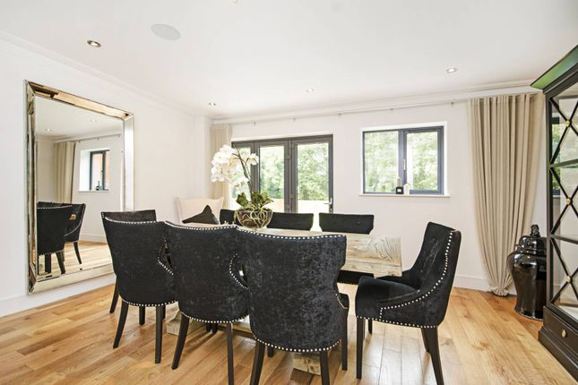 Thumbnail Property for sale in Harlequins, Stanmore