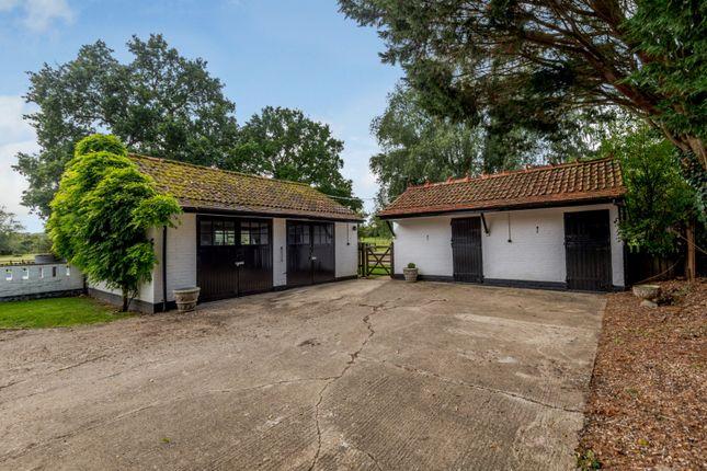 Garage of Twyford Road, Binfield, Berkshire RG42