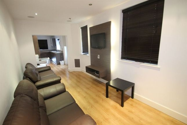Thumbnail Property to rent in Fosse Road South, Leicester