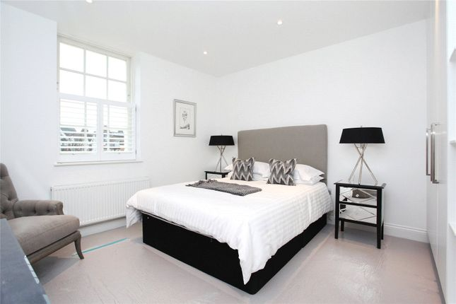 Picture No. 10 of Old Town, Clapham, London SW4
