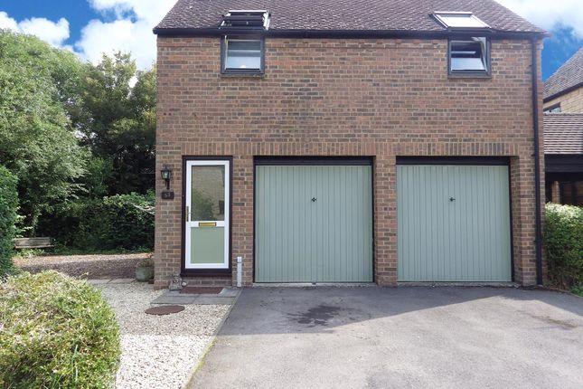 Thumbnail Property to rent in Painswick Close, Witney, Oxfordshire