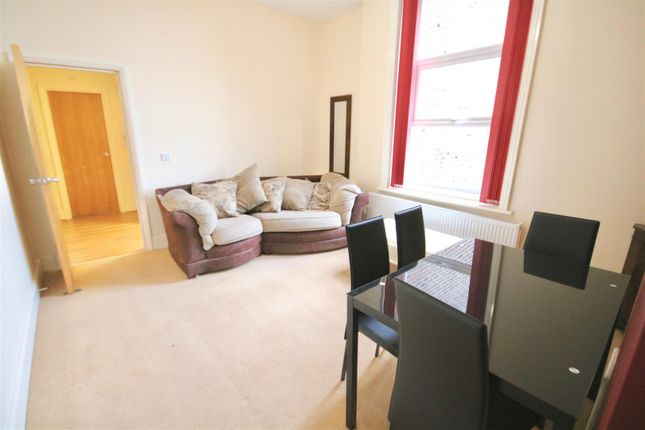 Thumbnail Flat to rent in St. Helens Parade, Southsea