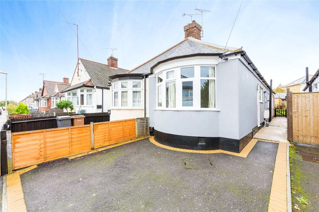 2 bed bungalow for sale in Bruce Grove, Chelmsford, Essex CM2