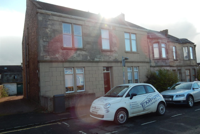 Thumbnail Flat to rent in Russell Street, Wishaw