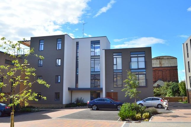 Thumbnail Property to rent in Firepool View, Taunton, Somerset
