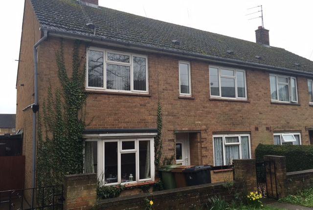 Thumbnail Flat to rent in Church Street, Finedon, Wellingborough