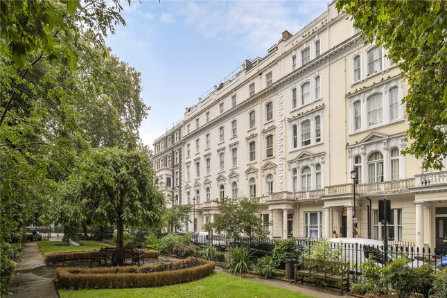 Flat for sale in Talbot Square, London