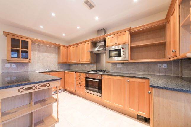Thumbnail Flat to rent in Lapwing Court, 6 Swan Street, Borough, London