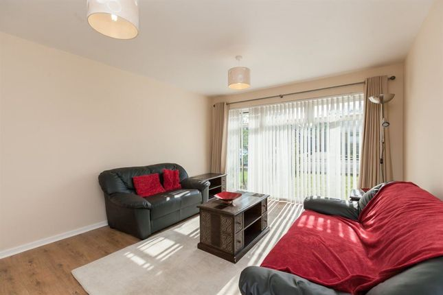Thumbnail Flat to rent in Marchbank Way, Balerno