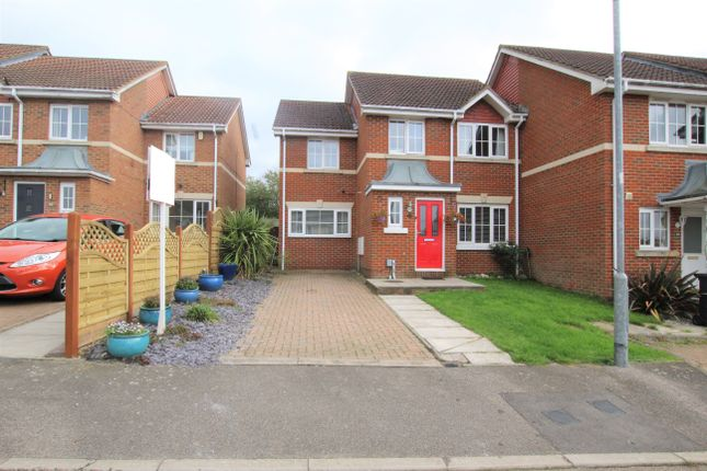 4 bed semi-detached house for sale in Little Stock Road, Cheshunt, Waltham Cross