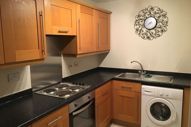 Thumbnail Shared accommodation to rent in Cronton Lane, Widnes