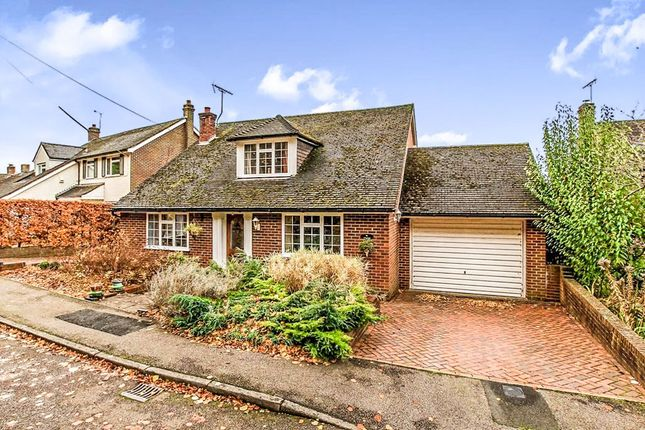 Thumbnail Detached house for sale in Toms Hill Close, Aldbury, Tring