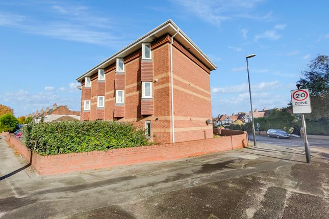 2 bed flat for sale in Renaissance Court, Green Lane, Coventry CV3