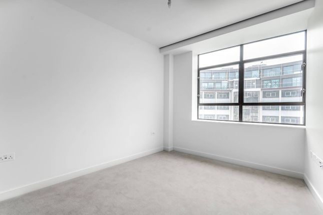 Thumbnail Flat to rent in Television Centre, Shepherd's Bush