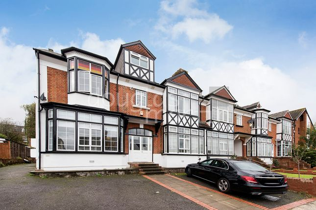 Flat for sale in Sunny Gardens Road, London