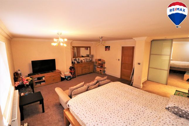 Thumbnail Link-detached house for sale in Mulberry Gardens, Harlow