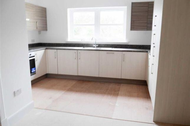 Thumbnail Flat for sale in Kirkburn Court, Laurencekirk, Aberdeenshire