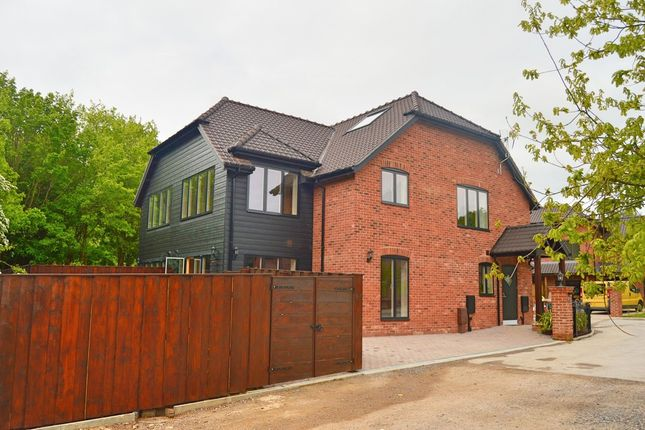 Thumbnail Semi-detached house for sale in Northlands Park, Emsworth