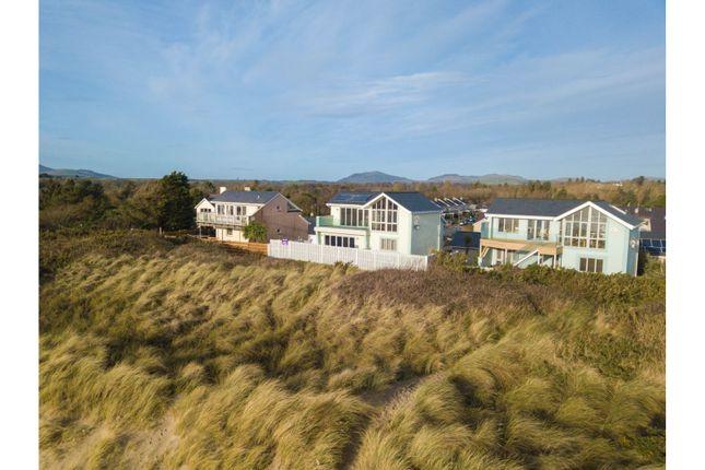 Thumbnail Detached house for sale in Innes Estate, Pwllheli