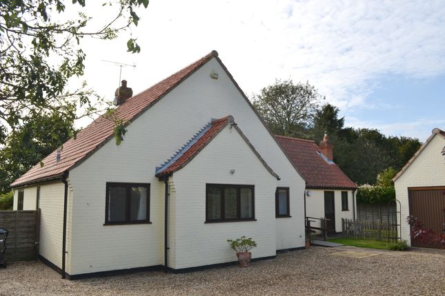 Thumbnail Detached bungalow to rent in Letheringsett Hill, Holt, Norfolk