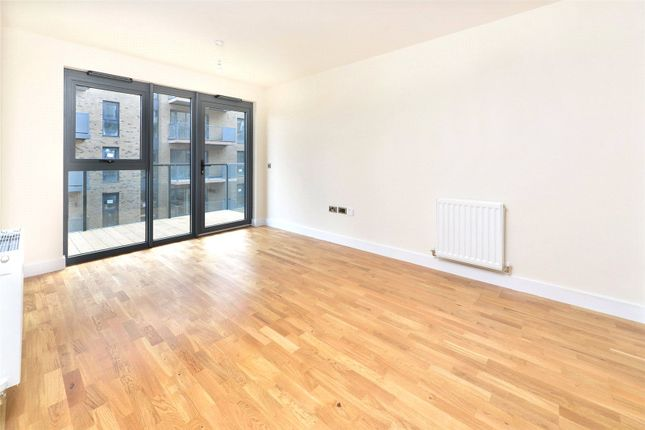 Flat for sale in Hythe House, Finsbury Park