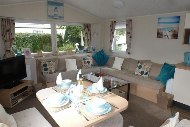 Mobile/park home for sale in Reach Road, St. Margarets-At-Cliffe, Dover, Kent