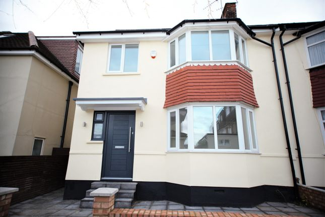 Thumbnail Property to rent in Elms Avenue, Hendon