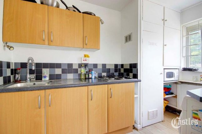 Thumbnail Flat to rent in Bryant Court, Hackney