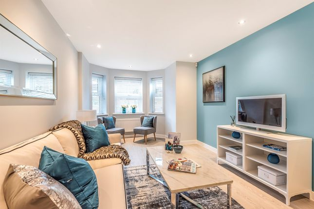 Thumbnail Penthouse for sale in Campden Road, South Croydon