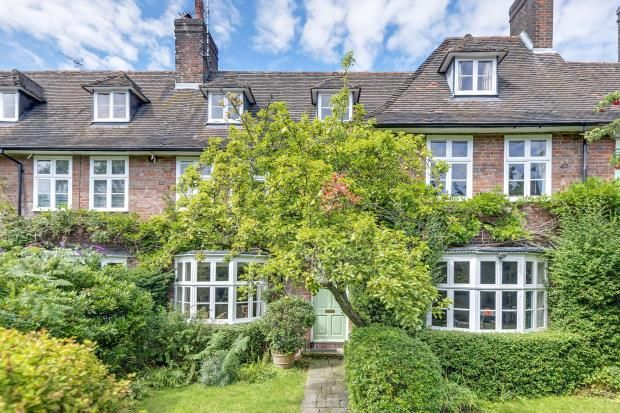 Thumbnail Terraced house for sale in Reynolds Close, Hampstead Garden Suburb, London