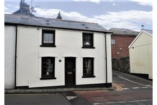 Thumbnail Terraced house for sale in High Street, Pontypool