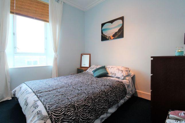 Bedroom Two of Craigie Street, Aberdeen AB25