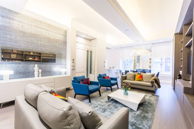 Thumbnail Flat to rent in Whitehall, St James's