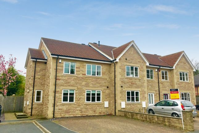 4 bed end terrace house for sale in Cedar Grove, Wetherby Road, Harrogate