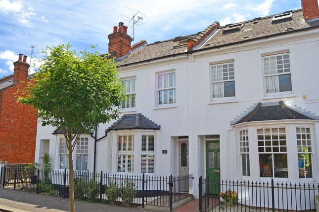 3 bed property for sale in Somerset Gardens, Teddington