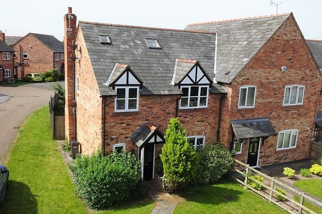 Thumbnail Town house for sale in Fiddlers Lane, Chester