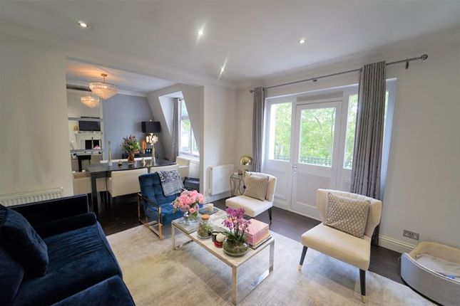 3 bed flat for sale in Grantully Road, London W9