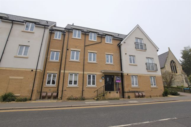 Thumbnail Flat to rent in South Street, Bishop's Stortford
