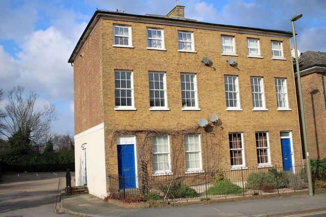 Thumbnail Flat for sale in 1-2 The Avenue, Egham