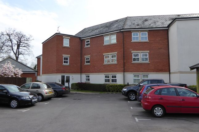 Thumbnail Flat to rent in Rossby, Shinfield Park, Reading
