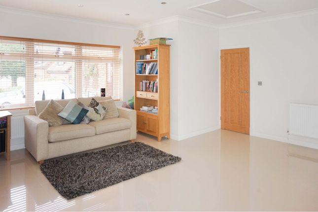 Reception Room of Llwynderw Drive, West Cross SA3
