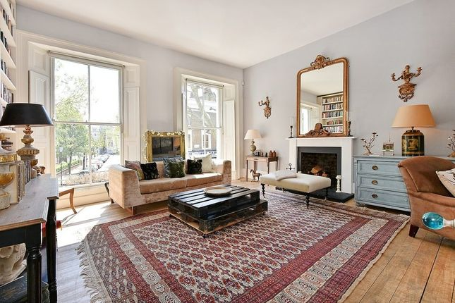 Thumbnail Property to rent in Cornwall Crescent, Notting Hill