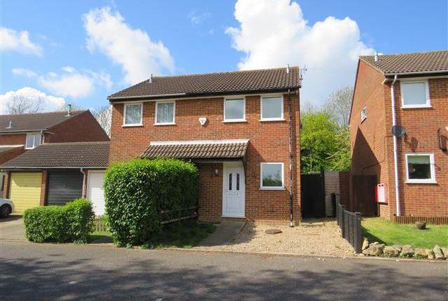 2 bedroom semi-detached house to rent in Scardale, Heelands, Milton Keynes