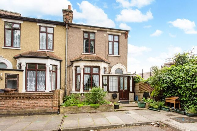 Thumbnail Terraced house for sale in Bury Road, Dagenham