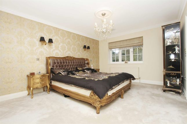 Bedroom of Park Avenue, Ruislip HA4