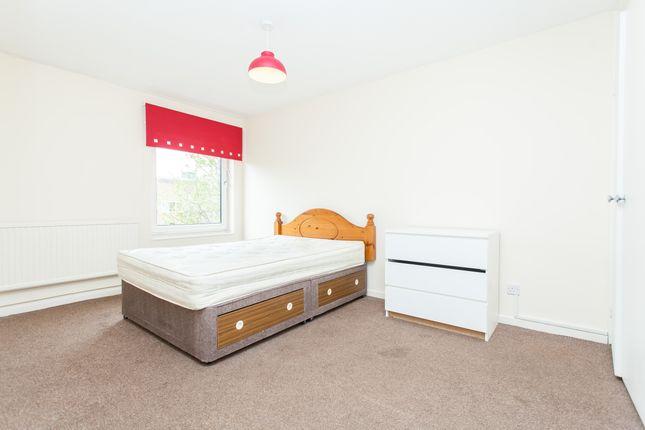 Bedroom of Cowenbeath Path, Islington N1