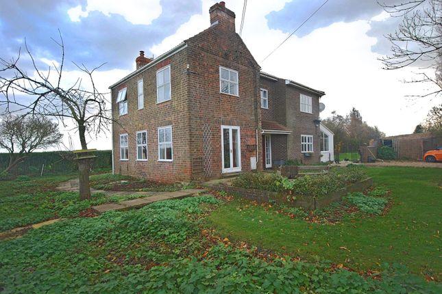 Thumbnail Detached house for sale in Capes Entry, Cowbit, Spalding